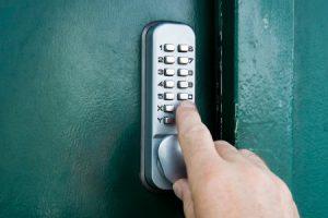מנעול מקודד מכני קומבינציה – מנעול מספרים : המדריך השלם והמקצועי